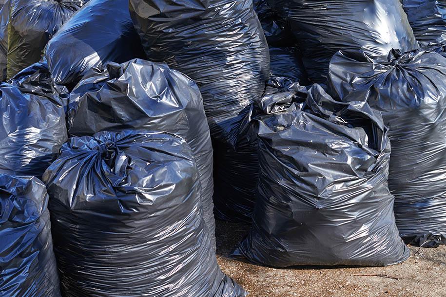 Haus entrümpeln – Müllbeutel – Talent Entrümpelung